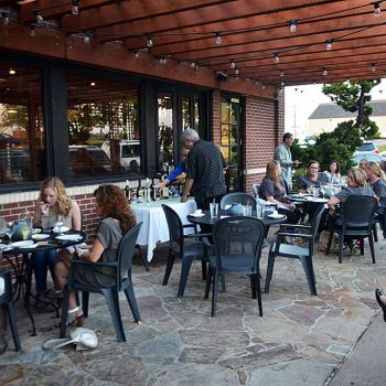 Dine Outdoors at Acropolis Chattanooga